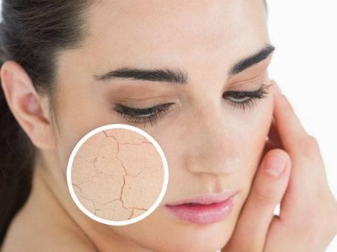 Tuyệt chiêu trang điểm giúp da khô luôn mịn màng