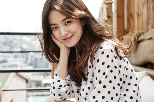 Đẹp như Song Hye Kyo với bí quyết trang điểm tự nhiên vạn người mê