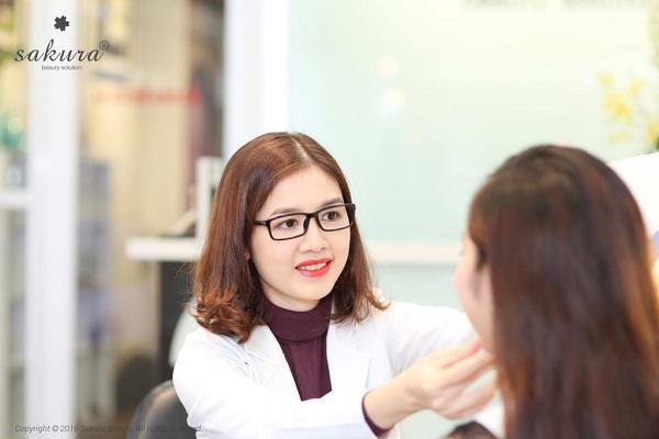 Chia sẻ bí quyết chăm sóc da từ chuyên gia da liễu