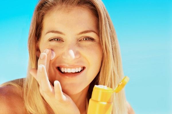3 tiêu chí nhất nhất định phải quan tâm khi chọn kem chống nắng tốt cho da mặt